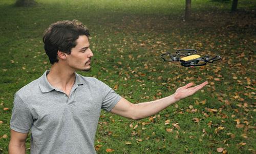 کوادکوپتر دی جی آی DJI Spark Quadcopter