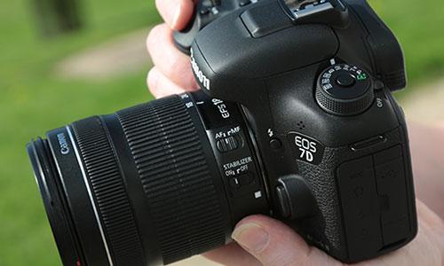 دوربین کانن 7D Mark II با لنز 18-135