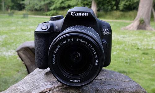 دوربین کانن 1300D با لنز 18-55 IS II