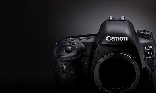 دوربین کانن 5D Mark IV با لنز 24-70